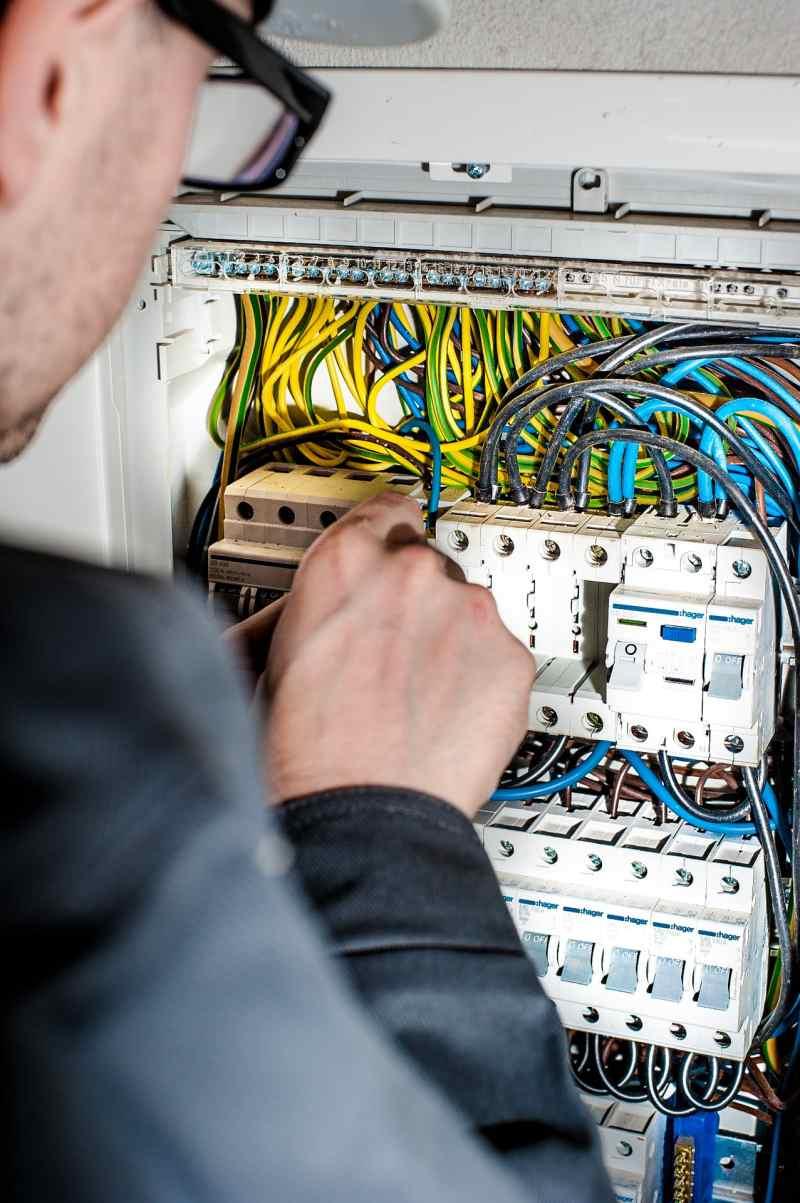usuwanie awari elektrycznych